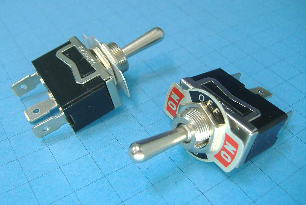 ТУМБЛЕР 250V 10A 3PIN (ON)-OFF-(ON) KN3(C)-123AP-B3